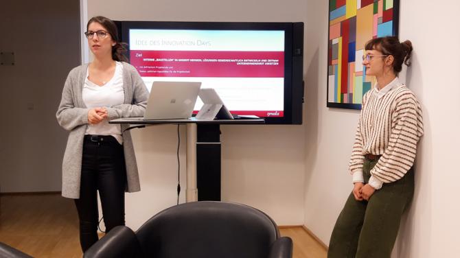 Dialog am Surface Hub am Innovation Day
