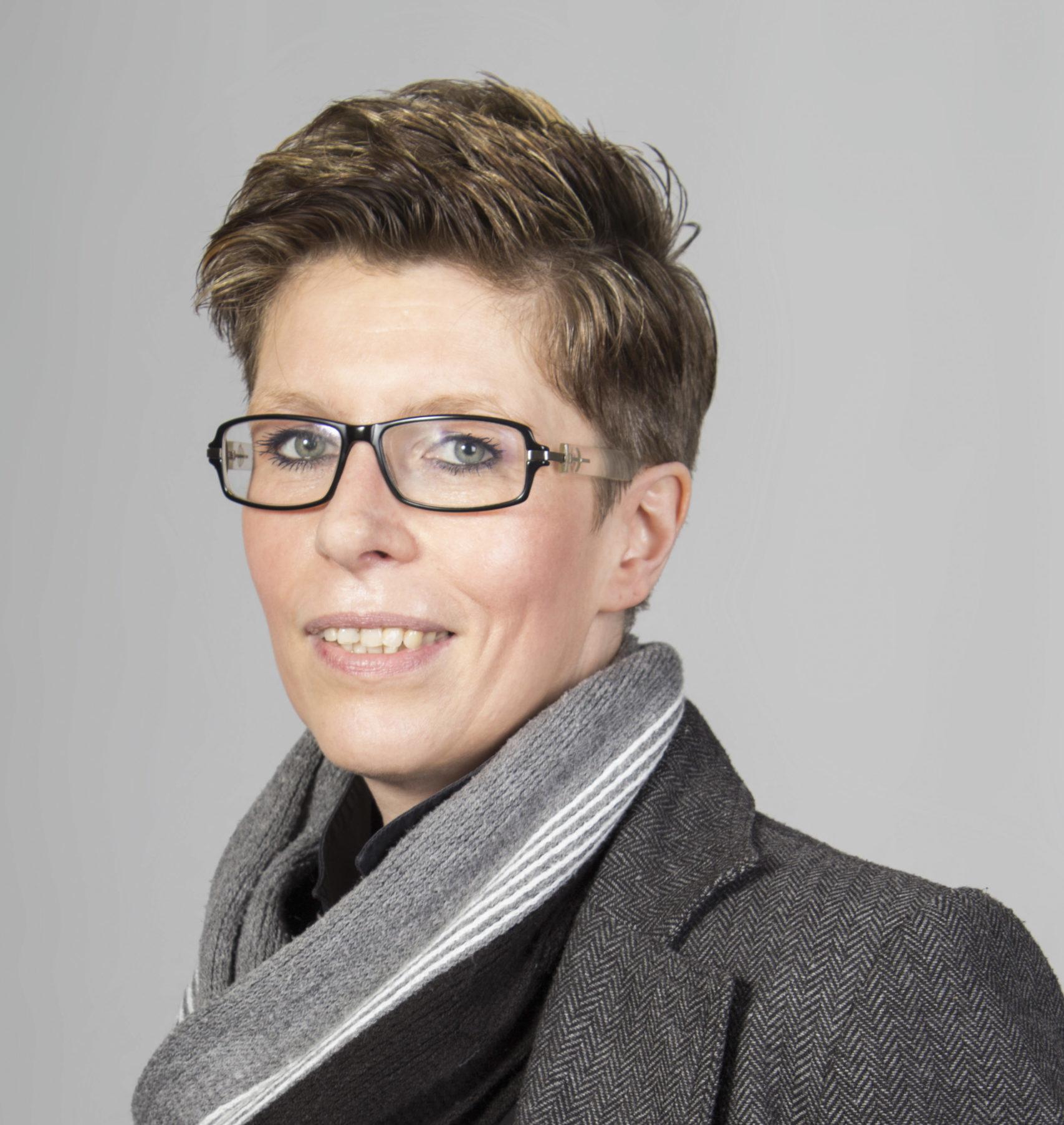 Portrait Daniela Fiebach, Buchhalterin bei Schröder, Referenz synalis