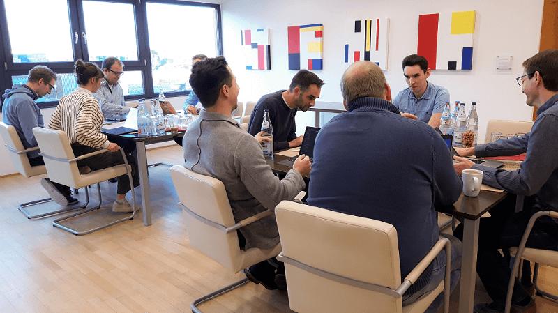 Keine Konferenz sondern Teamwork und motivierte Mitarbeiter