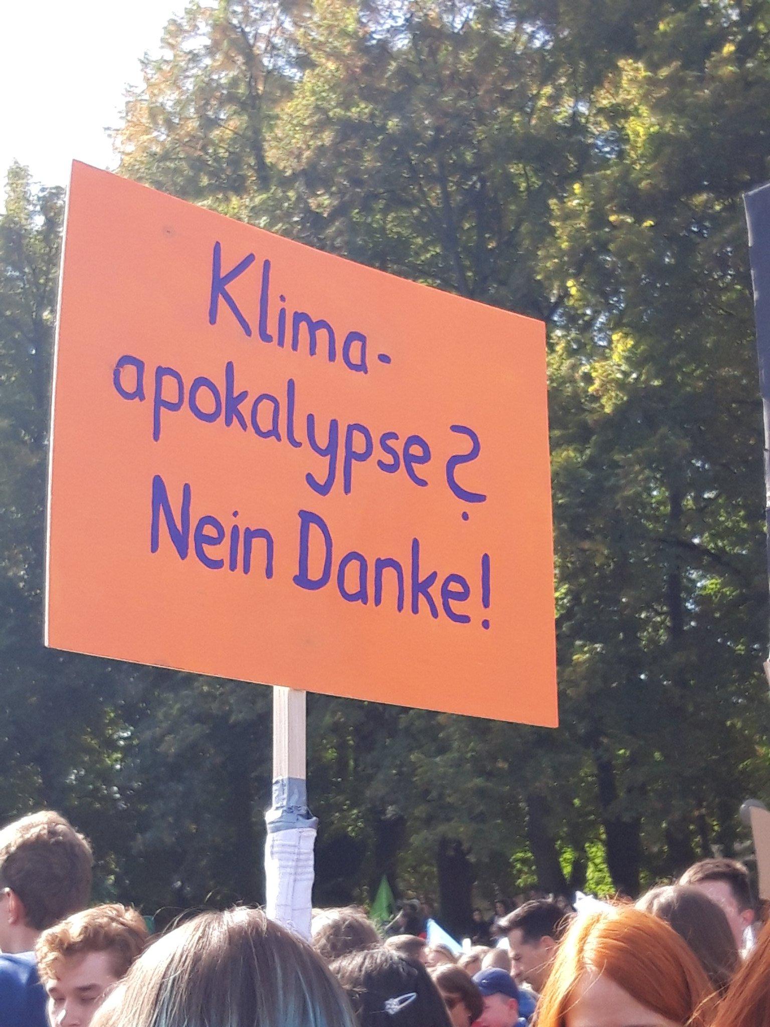 Plakat beim Klimastreik Bonn