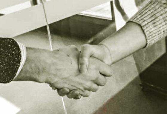 Handschlag in der Handelsbranche
